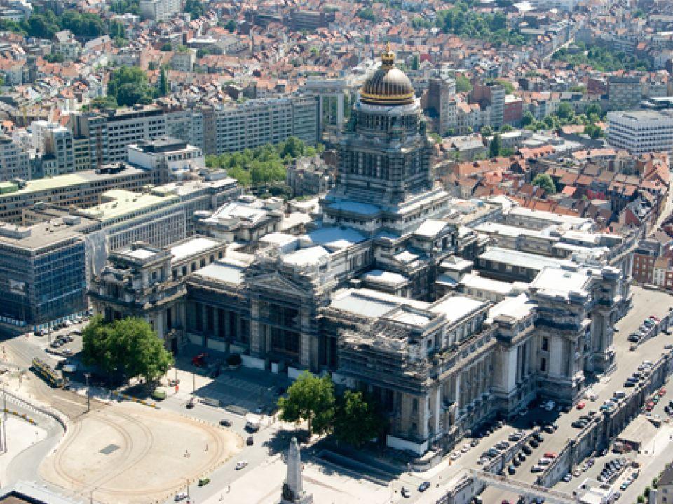 Wat brengt FOAM in Brussel en Hengelo?